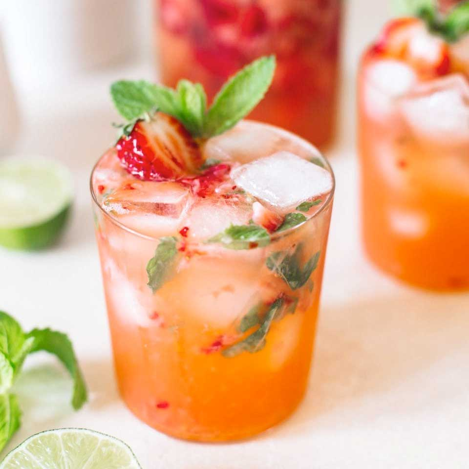 Vokini Strawberry Smash Cocktail